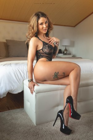 Keyra escort girls in Goleta and nuru massage